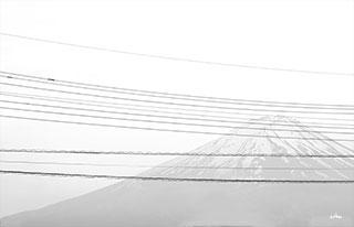 Mt-Fuji-and-line-minimalism-s